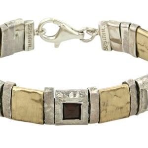 Elegant and classic Bracelet -0