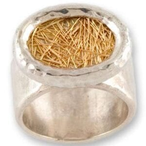 Beautiful ring; 925 silver combined with 18k gold mesh.