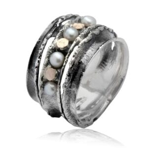 Beautiful silver and gold ring set with Pearl