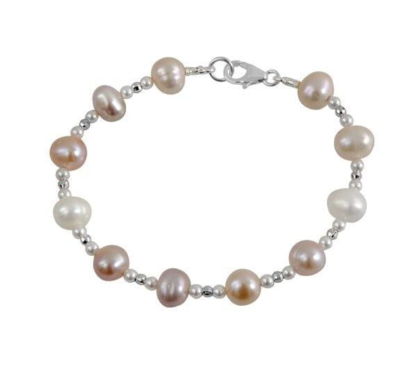Elegant Pearl bracelet, hammered sterling 925 components, beautiful pearls.