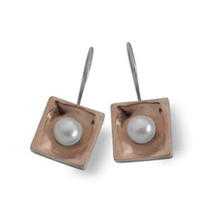 Captivating pearl earrings, sterling silver combined with 9k gold