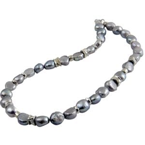 Captivating pearl necklace, sterling silver 925 with pearls