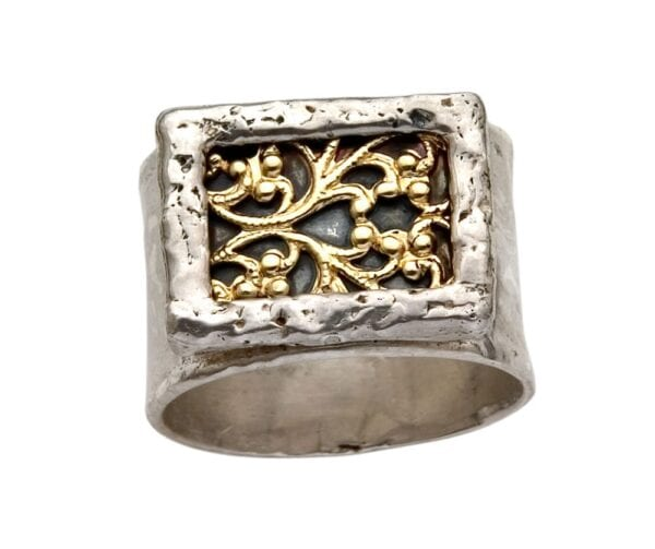 Beautiful silver and gold filigree ring